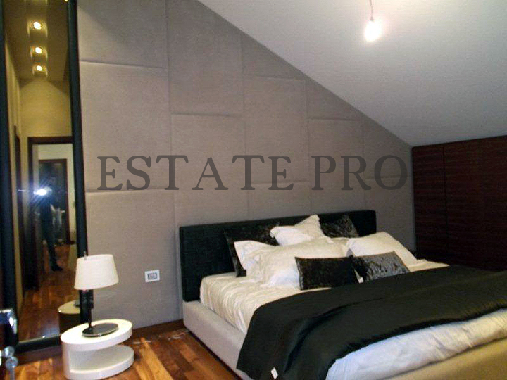 For Sale a luxury furnished Duplex in Mansourieh (villa's zone). LB0001