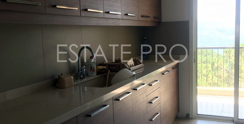 For sale apartment in Baabdat – Lebanon – LB0108